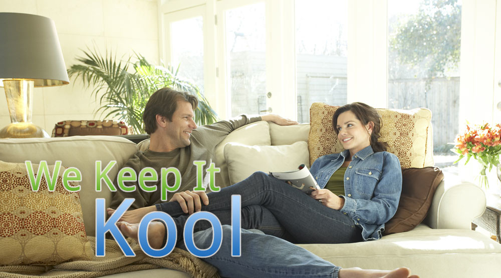 A couple relaxes in their home, heated by Air Conditioning Service, Inc.'s hvac in Oklahoma City